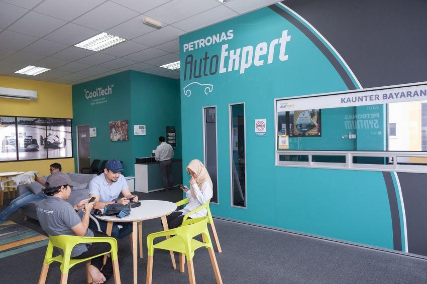Petronas AutoExpert beri diskaun 50% bagi penukaran minyak enjin untuk barisan hadapan Covid-19 Image #1150378