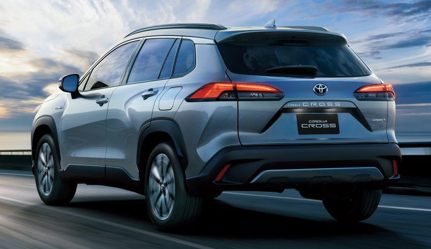 Toyota perkenal Corolla Cross untuk pasaran Thailand — platform TNGA, enjin petrol dan hibrid, dari RM132k Image #1143125