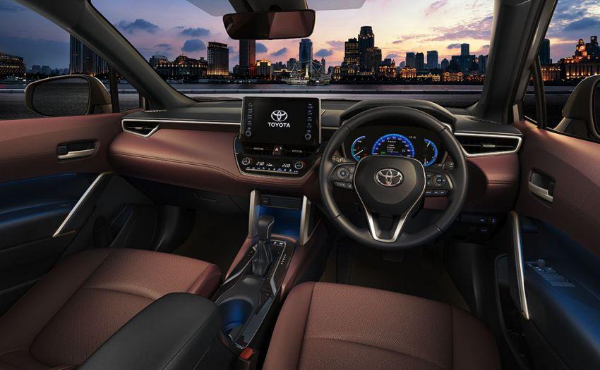 Toyota perkenal Corolla Cross untuk pasaran Thailand — platform TNGA, enjin petrol dan hibrid, dari RM132k Image #1143126