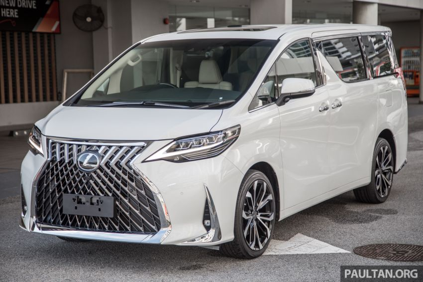 GALLERY: Toyota Alphard full exterior conversion to Lexus LM – genuine Lexus parts only, priced at RM56k Image #1147522