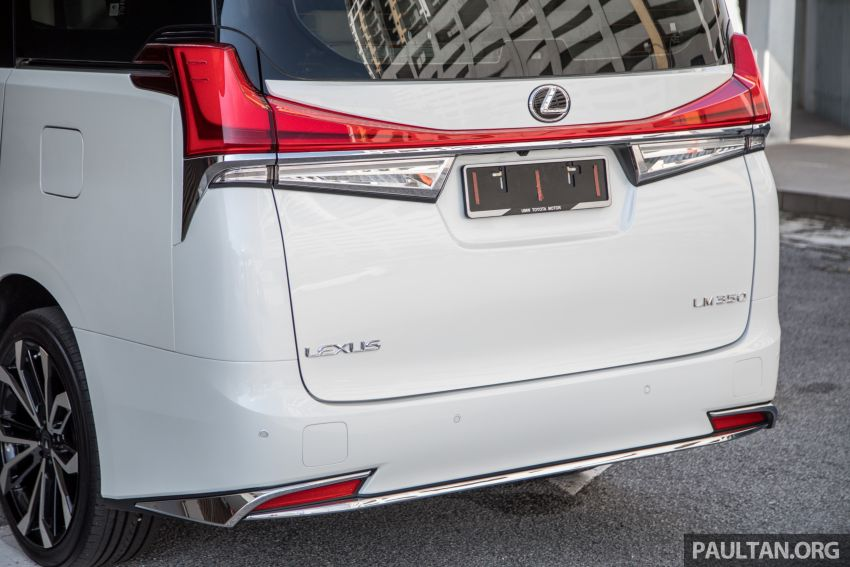 GALLERY: Toyota Alphard full exterior conversion to Lexus LM – genuine Lexus parts only, priced at RM56k Image #1147543