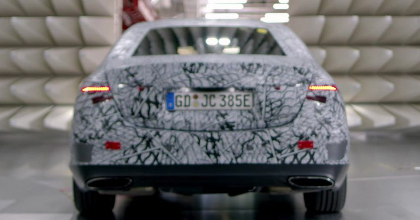 W223 Mercedes-Benz S-Class  to debut in September – big MBUX screen; PHEV variant with 100 km EV range Image #1141656