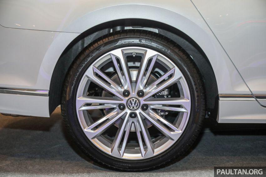 2020 Volkswagen Passat R-Line open for booking – sportier look, DCC, RM200k to RM210k estimated Image #1159205