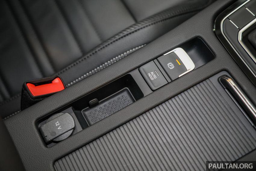 2020 Volkswagen Passat R-Line open for booking – sportier look, DCC, RM200k to RM210k estimated Image #1159233