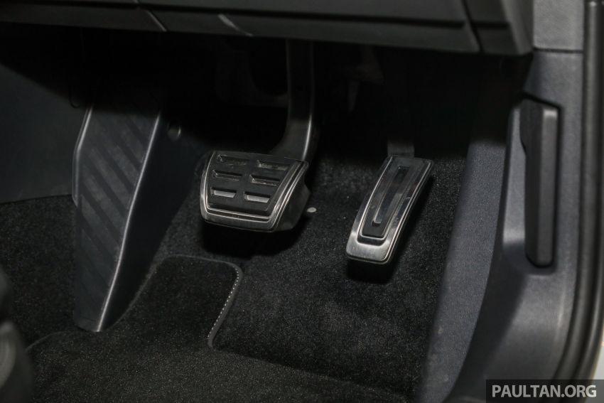 2020 Volkswagen Passat R-Line open for booking – sportier look, DCC, RM200k to RM210k estimated Image #1159245