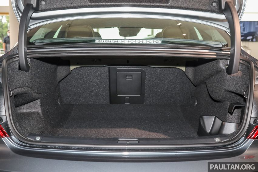 Volvo S90 T8 Special Edition – T8 Inscription with bodykit, 20-inch wheels worth RM35k, same price Image #1162437
