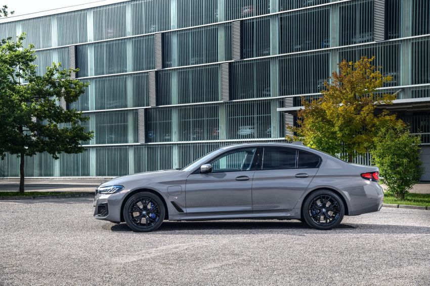 2021 G30 BMW 545e xDrive detailed – fastest BMW PHEV with 394 PS, 600 Nm; 0-100 km/h in 4.7 seconds! Image #1157775