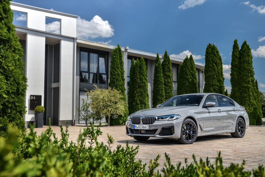 2021 G30 BMW 545e xDrive detailed – fastest BMW PHEV with 394 PS, 600 Nm; 0-100 km/h in 4.7 seconds! Image #1157781