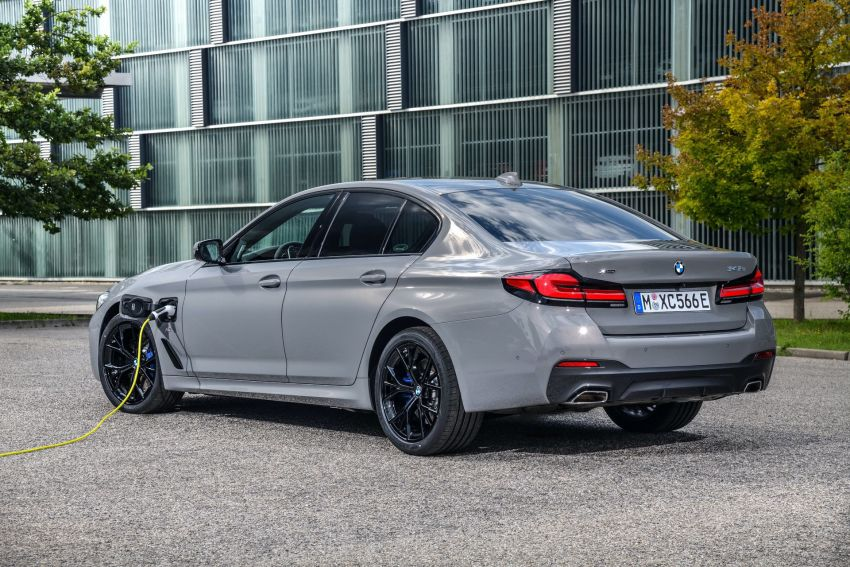 2021 G30 BMW 545e xDrive detailed – fastest BMW PHEV with 394 PS, 600 Nm; 0-100 km/h in 4.7 seconds! Image #1157787