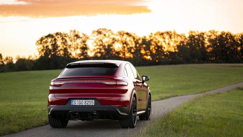 Porsche reveals new exhaust for Cayenne GTS Coupé Image #1160641
