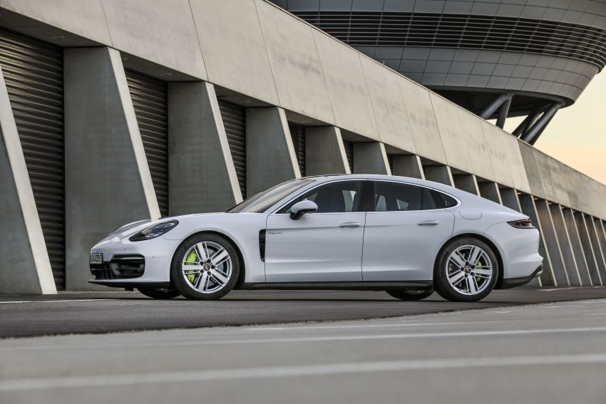 2020 Porsche Panamera facelift – 630 PS/820 Nm Turbo S; PHEV 4S E-Hybrid with 54 km electric range Image #1167497