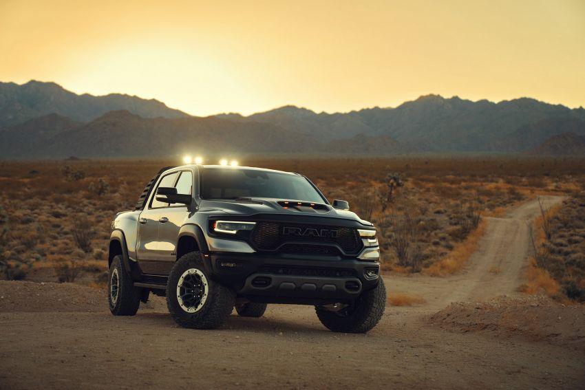 2021 Ram 1500 TRX debuts – 702 hp/881 Nm 6.2L V8, 0-96 km/h in 4.5s; more than 330 mm of wheel travel Image #1162797