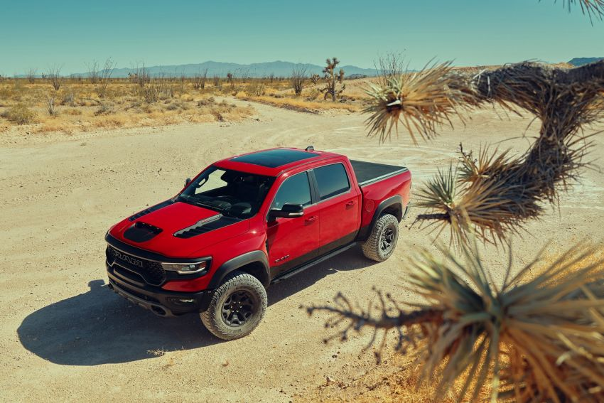2021 Ram 1500 TRX debuts – 702 hp/881 Nm 6.2L V8, 0-96 km/h in 4.5s; more than 330 mm of wheel travel Image #1162809