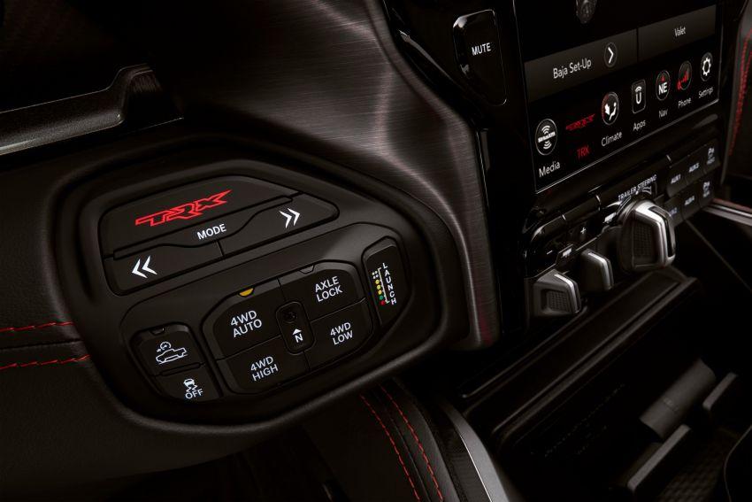 2021 Ram 1500 TRX debuts – 702 hp/881 Nm 6.2L V8, 0-96 km/h in 4.5s; more than 330 mm of wheel travel Image #1162764