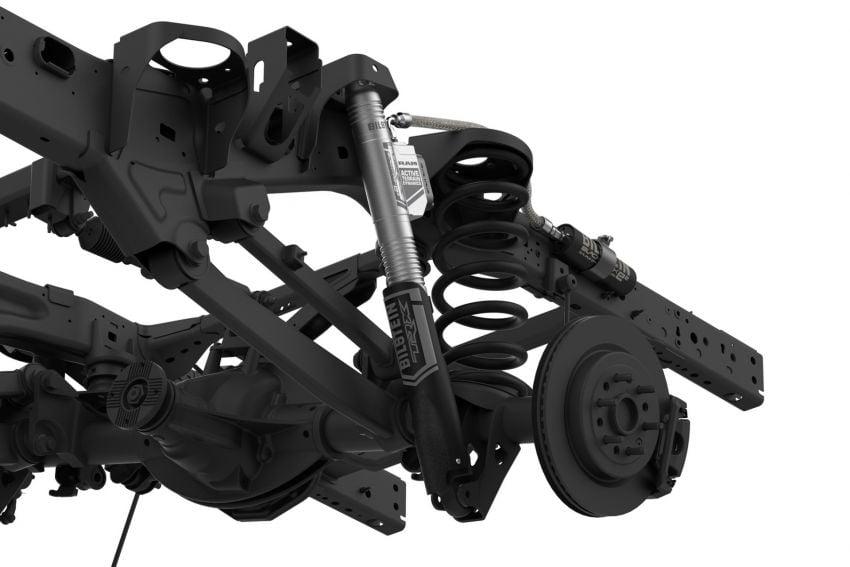 2021 Ram 1500 TRX debuts – 702 hp/881 Nm 6.2L V8, 0-96 km/h in 4.5s; more than 330 mm of wheel travel Image #1162726