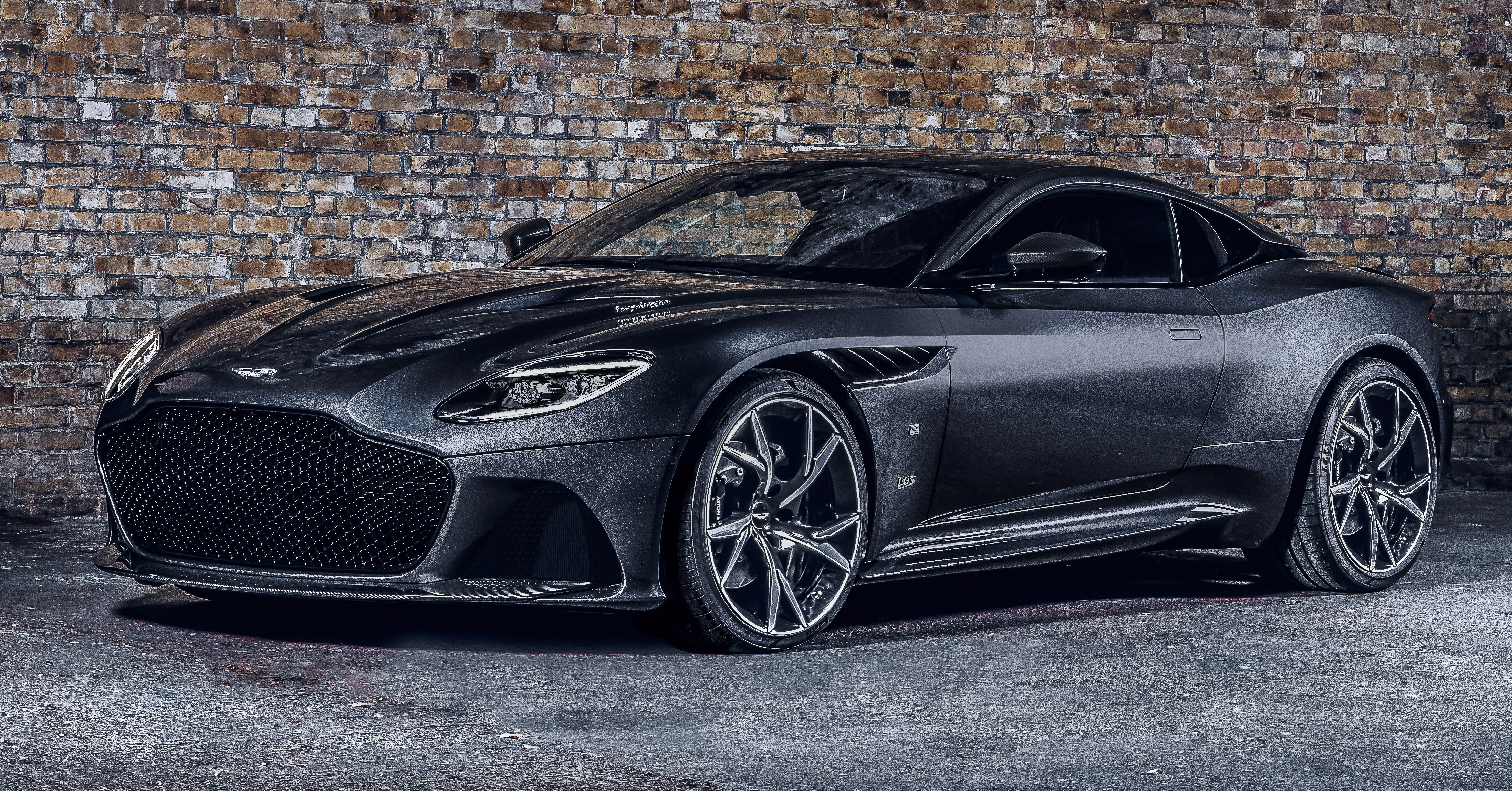 Aston Martin To Receive Bespoke Engines From Amg Paultan Org