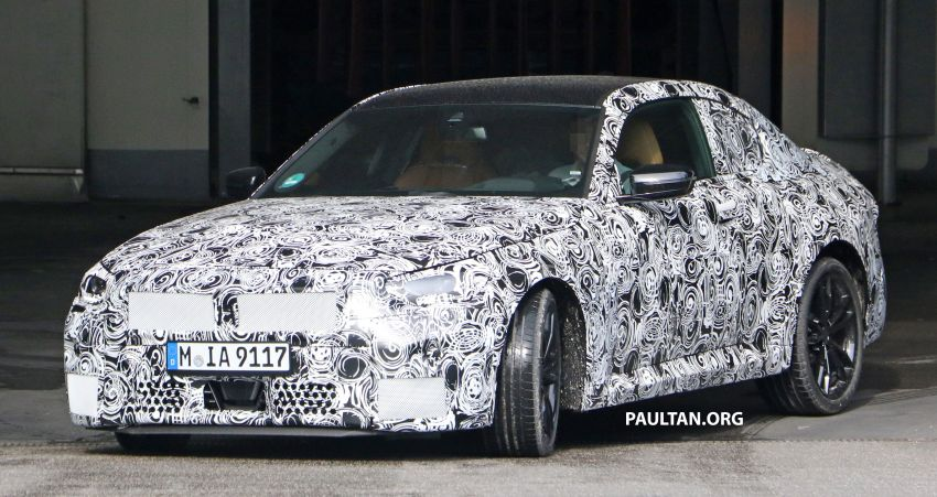 SPIED: Next BMW 2 Series Coupe seen, with interior Image #1157101