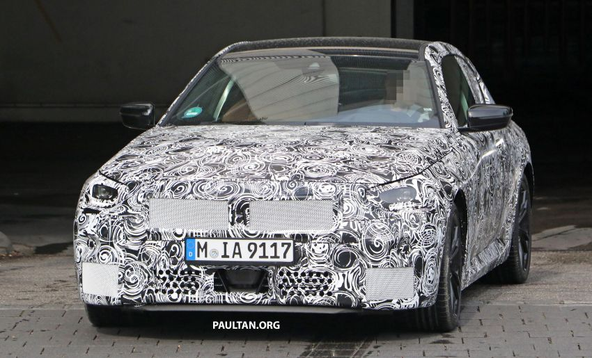 SPIED: Next BMW 2 Series Coupe seen, with interior Image #1157102