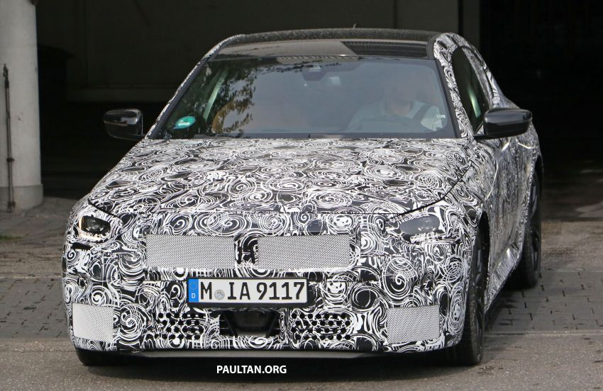SPIED: Next BMW 2 Series Coupe seen, with interior Image #1157103