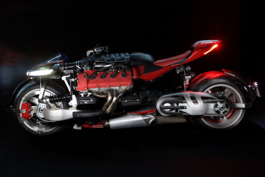 Malaysia's flying car? Here's the Lazareth LMV 496 flying motorcycle from France, and it actually flies Image #1155554