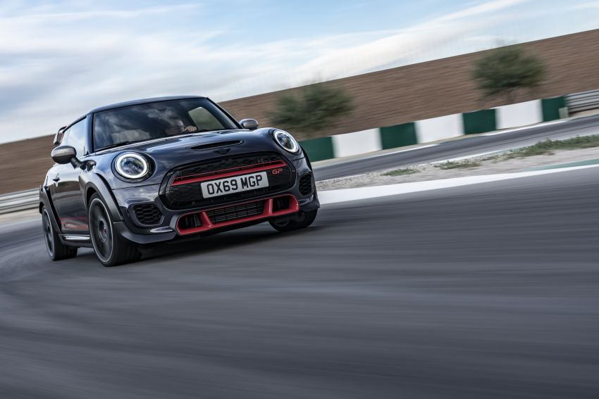 2020 MINI John Cooper Works GP launched – hot two-seater F56 with 306 PS, just 10 units in M'sia, RM377k Image #1166482