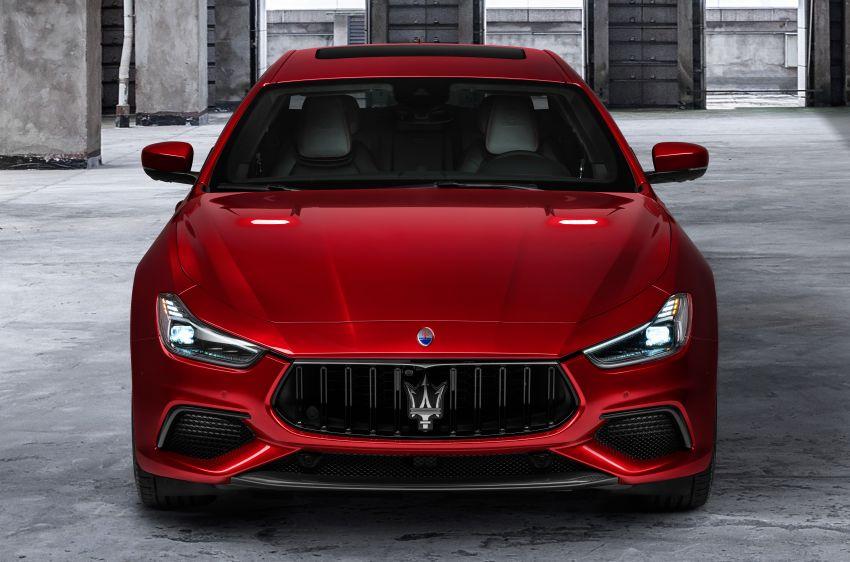 Maserati debuts Trofeo versions of the Ghibli and Quattroporte – 3.8L Ferrari V8; 580 PS and 730 Nm Image #1157962