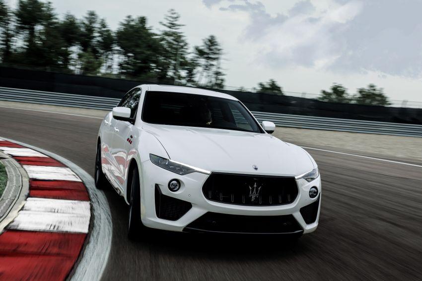 Maserati debuts Trofeo versions of the Ghibli and Quattroporte – 3.8L Ferrari V8; 580 PS and 730 Nm Image #1157983