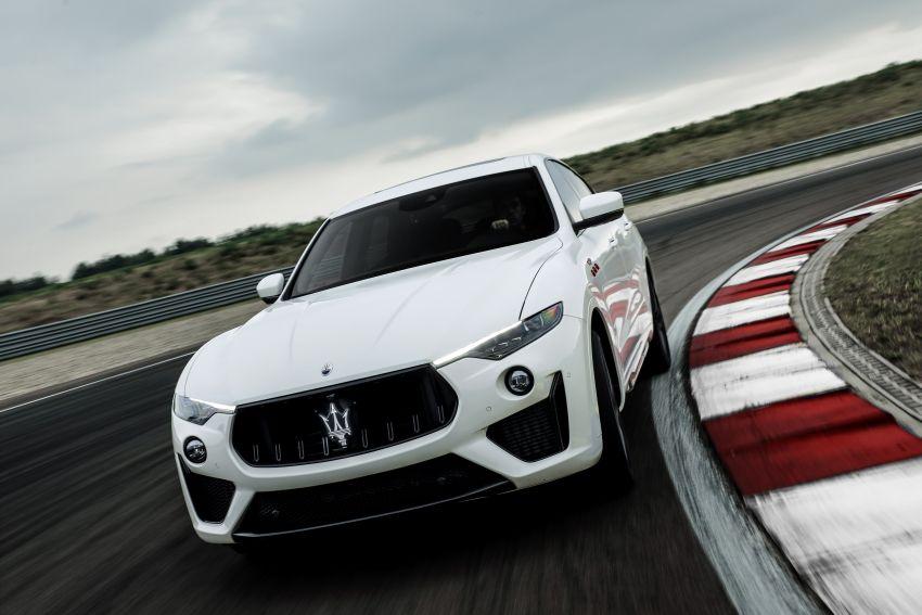 Maserati debuts Trofeo versions of the Ghibli and Quattroporte – 3.8L Ferrari V8; 580 PS and 730 Nm Image #1157985