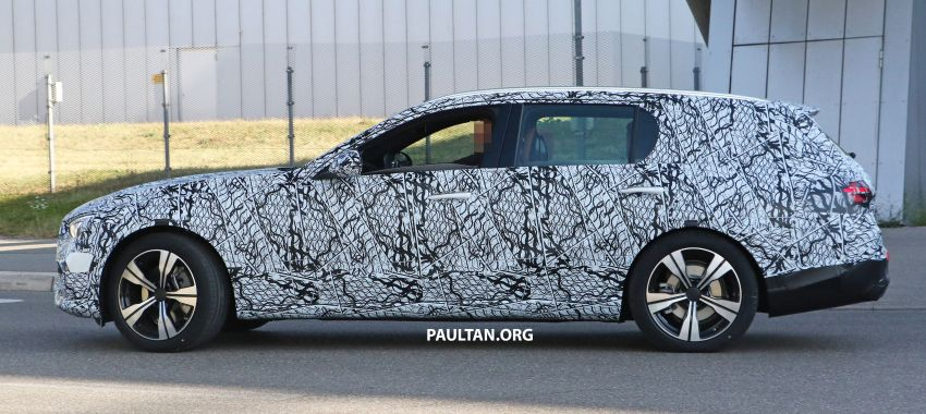 SPYSHOTS: Mercedes-Benz C-Class station wagon seen testing; 'X206' All-Terrain variant to join line-up Image #1158606
