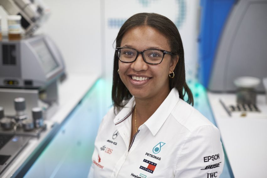 Petronas Trackside Fluid Engineers – we talk to En De Liow and Stephanie Travers about Formula 1 in 2020 Image #1163453