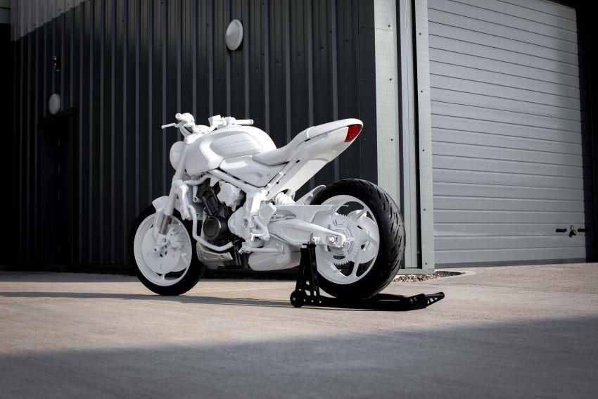 Triumph Trident Prototype – petunjuk model produksi yang akan dilancar tahun depan, enjin tiga silinder Image #1166551