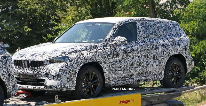 SPYSHOTS: next BMW X1 seen; to spawn iX1 pure EV Image #1160505