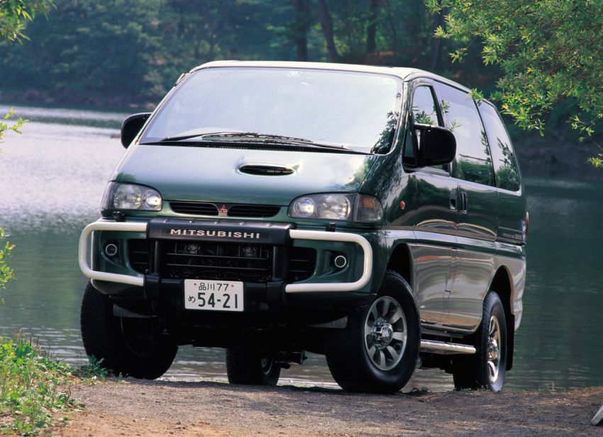 Mitsubishi Grandis, Delica, Space Gear, Pajero – a long line of seven-seaters before the upcoming Xpander Image #1164887