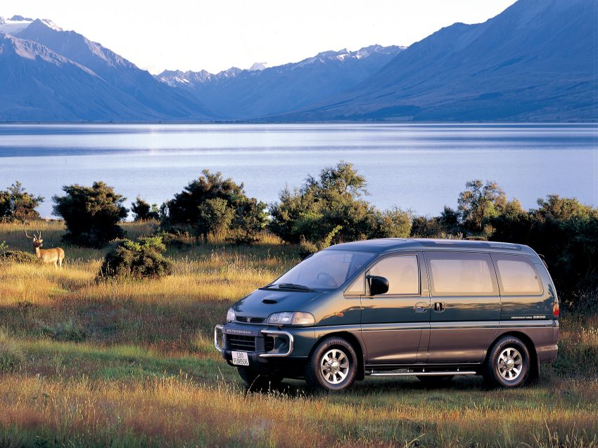 Mitsubishi Grandis, Delica, Space Gear, Pajero – a long line of seven-seaters before the upcoming Xpander Image #1164927