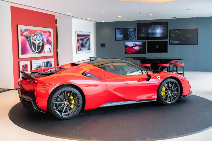 Ferrari SF90 Stradale dilancarkan di M'sia – 3,990 cc V8, klac berkembar 8-kelajuan baharu; dari RM1.908j Image #1178723