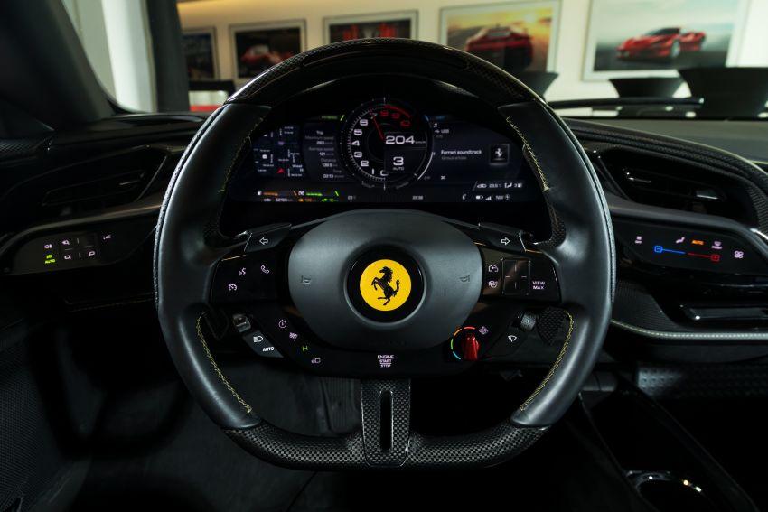 Ferrari SF90 Stradale dilancarkan di M'sia – 3,990 cc V8, klac berkembar 8-kelajuan baharu; dari RM1.908j Image #1178731