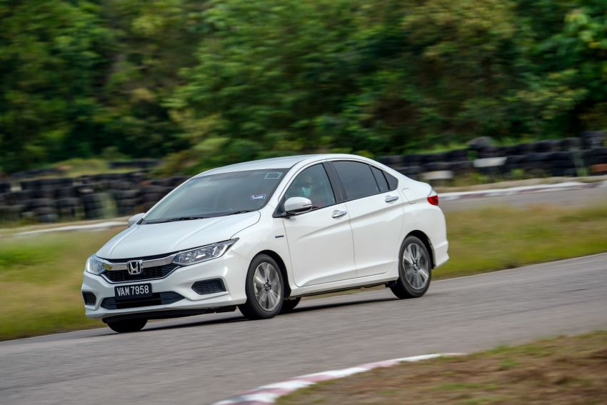 DRIVEN: Honda City RS i-MMD – torque of the town Image #1182831