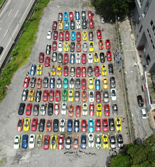 137 Ford Mustang gathering in Malaysian Record Book Image #1185395