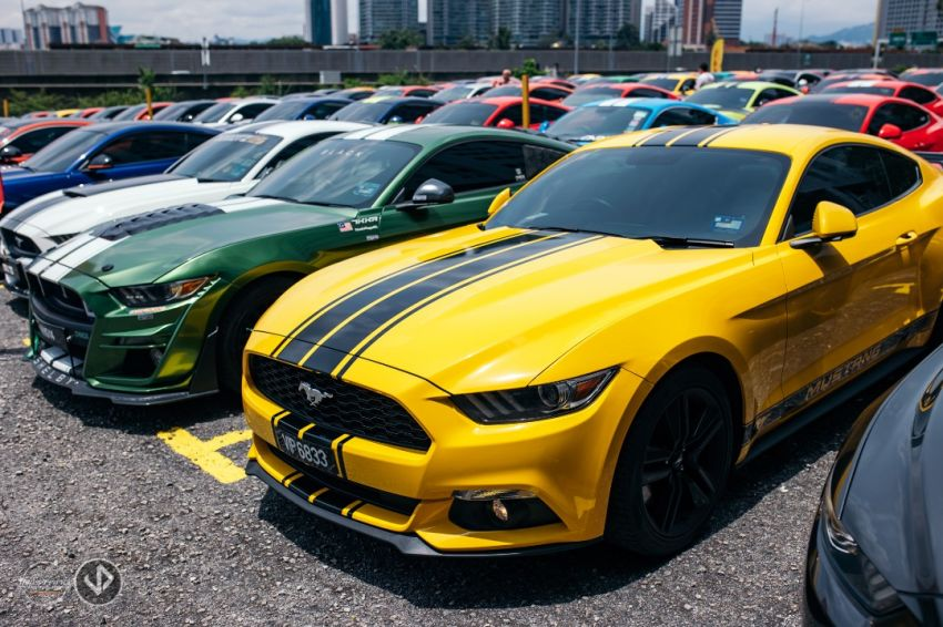 137 Ford Mustang gathering in Malaysian Record Book Image #1185396