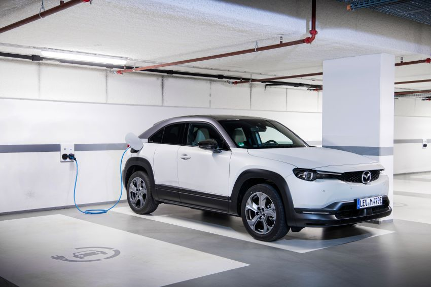 Mazda MX-30 EV launched in the UK – from RM137k Image #1185236