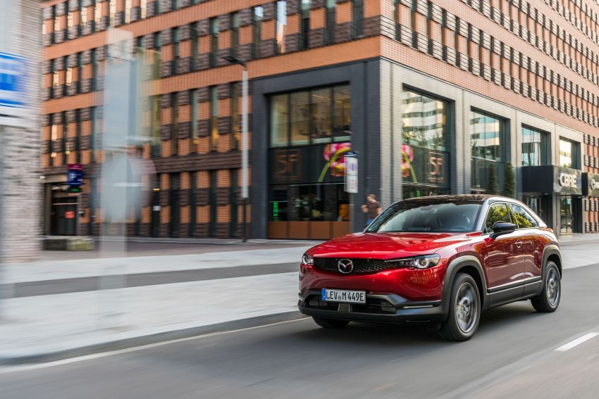 Mazda MX-30 EV launched in the UK – from RM137k Image #1184987