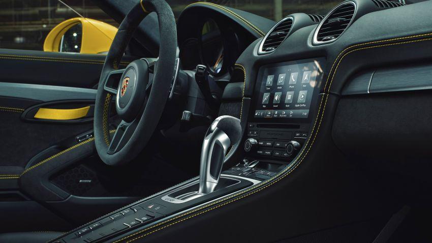 Porsche 718 Cayman GT4 and 718 Spyder get seven-speed PDK gearbox, reduces 0-100 km/h sprint to 3.9s! Image #1172950