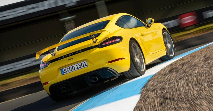 Porsche 718 Cayman GT4 and 718 Spyder get seven-speed PDK gearbox, reduces 0-100 km/h sprint to 3.9s! Image #1172951
