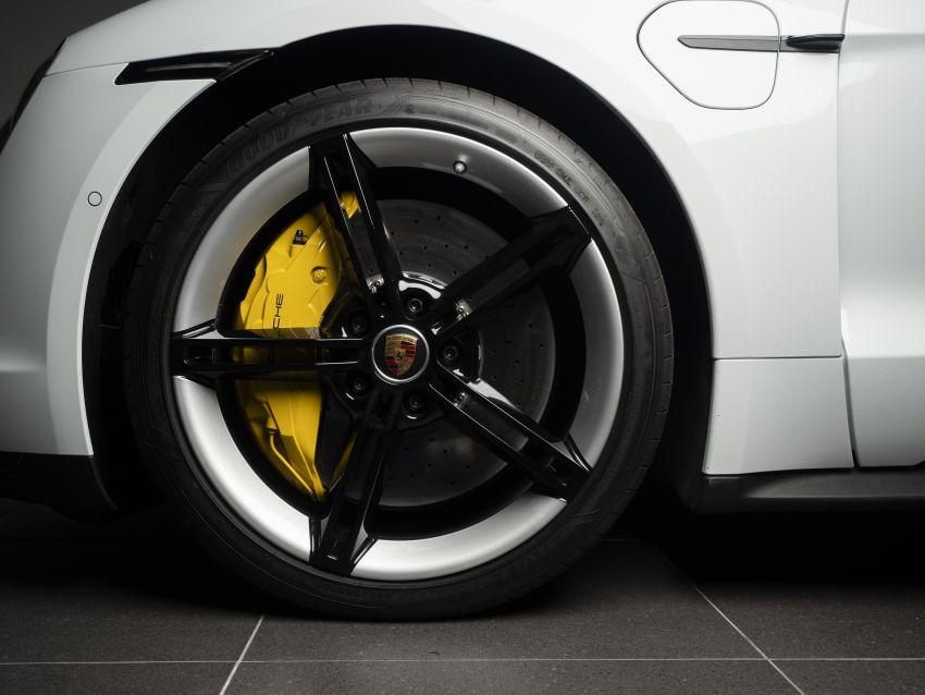 Porsche Taycan tiba di Malaysia – tiga varian, harga RM725k – RM1.2 juta, jarak gerak hingga 464 km Image #1178394