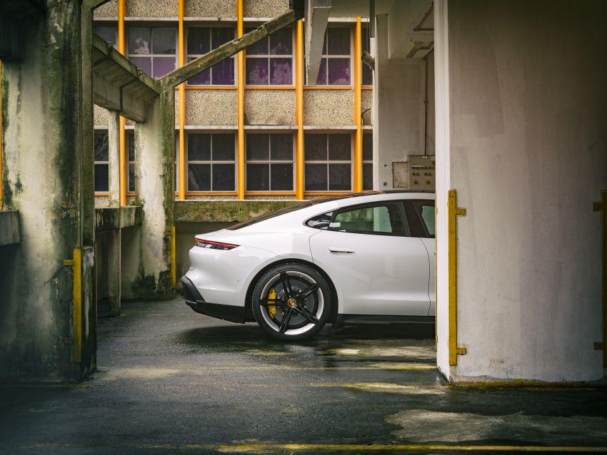 Porsche Taycan tiba di Malaysia – tiga varian, harga RM725k – RM1.2 juta, jarak gerak hingga 464 km Image #1178400