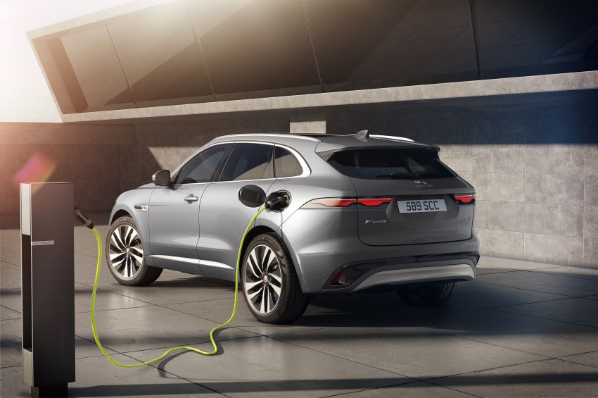 2021 Jaguar F-Pace – revised exterior and cabin, Pivi Pro, 404 PS/640 Nm P400e 2.0L turbo plug-in hybrid Image #1177030