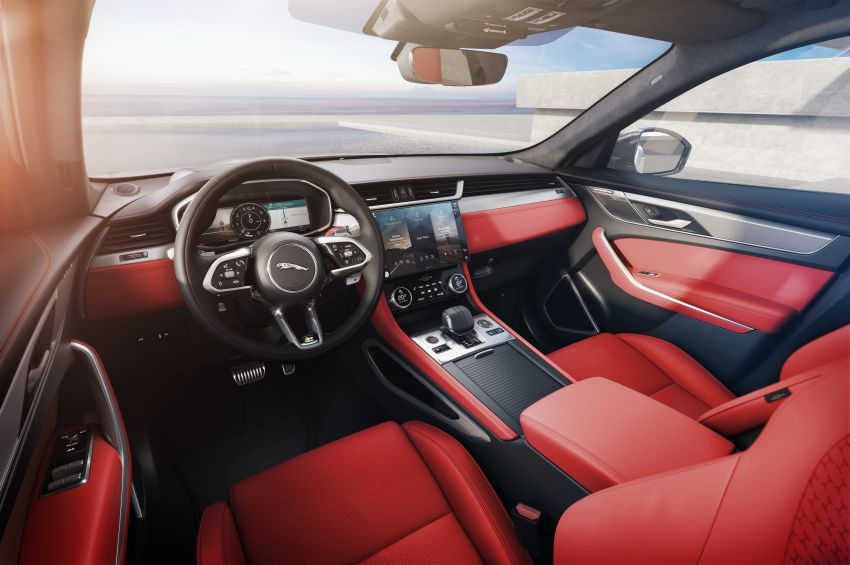 2021 Jaguar F-Pace – revised exterior and cabin, Pivi Pro, 404 PS/640 Nm P400e 2.0L turbo plug-in hybrid Image #1177118