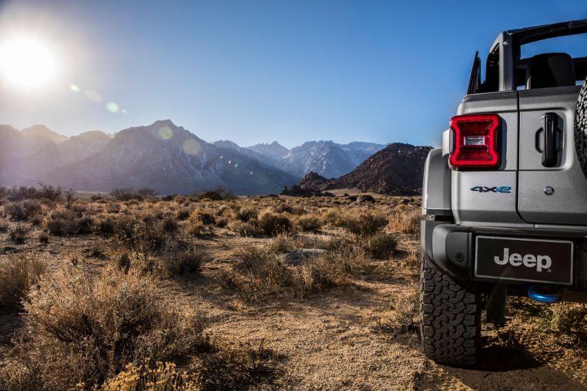 2021 Jeep Wrangler 4xe debuts – 375 hp/637 Nm 2.0L turbo twin-motor plug-in hybrid; 40 km electric range Image #1171358