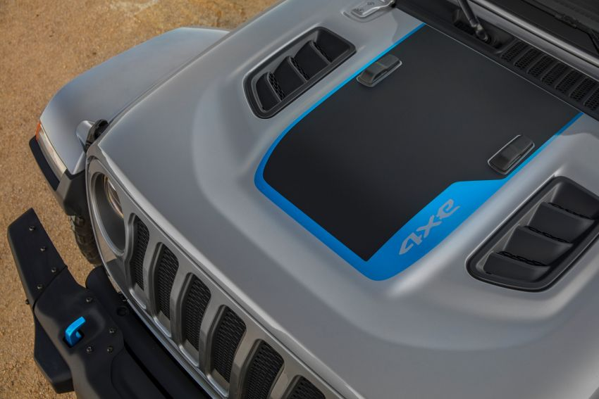 2021 Jeep Wrangler 4xe debuts – 375 hp/637 Nm 2.0L turbo twin-motor plug-in hybrid; 40 km electric range Image #1171345
