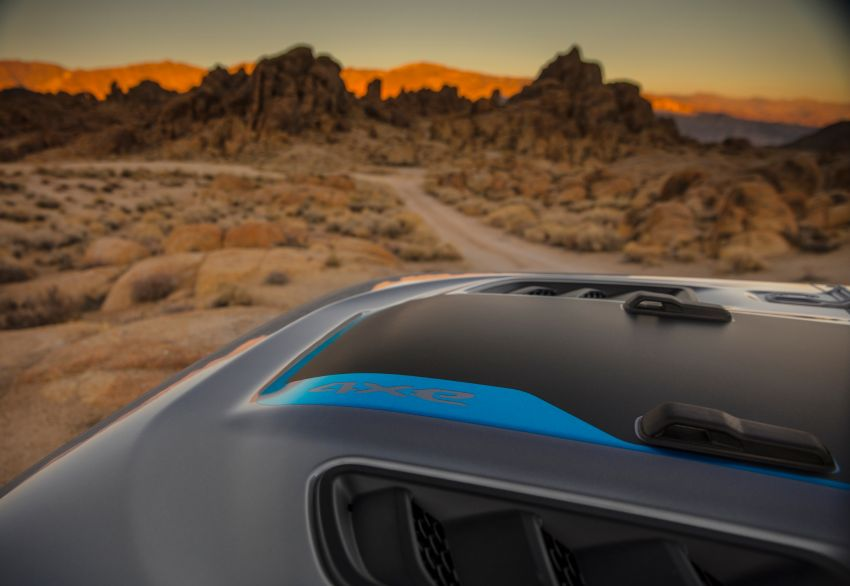 2021 Jeep Wrangler 4xe debuts – 375 hp/637 Nm 2.0L turbo twin-motor plug-in hybrid; 40 km electric range Image #1171343